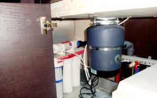 Как выбрать измельчительную пищевых отходов для раковины (диспоузер): виды и их особенности