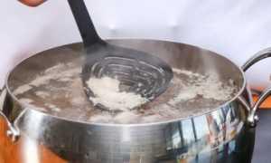 Почему при варке мяса образуется пена и нужно ли ее снимать