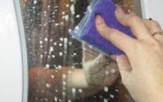 Как помыть зеркало без разводов в домашних условиях от налета, пятен и тусклости